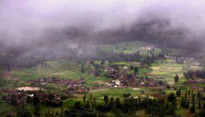 The hills of Saputara amidst dense fog