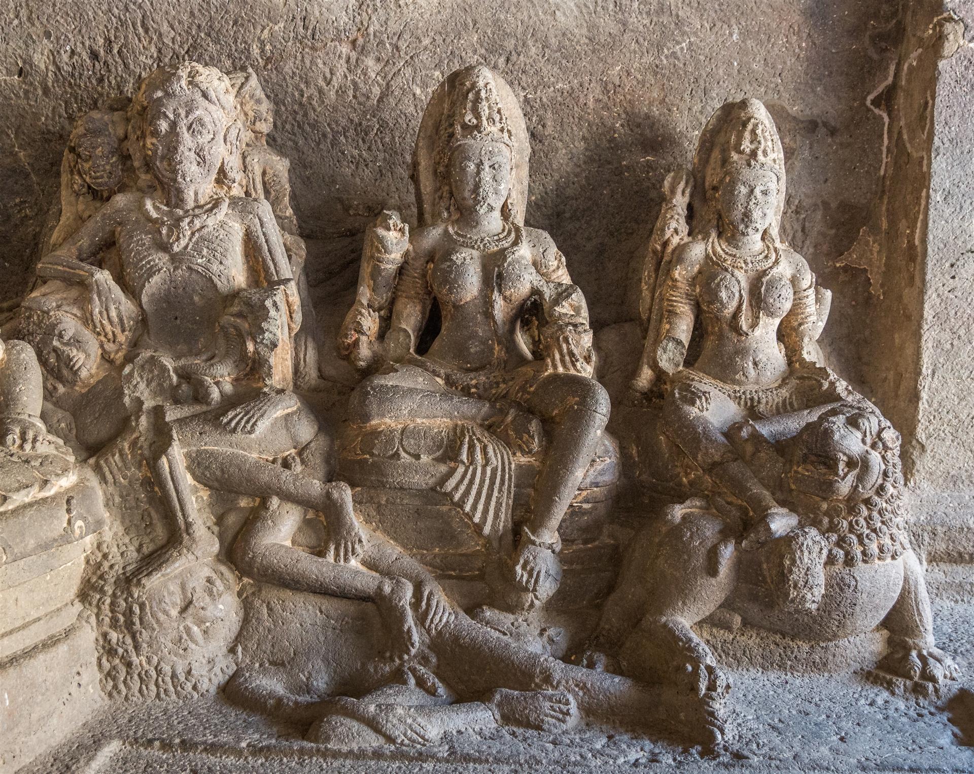 hindu caves ellora