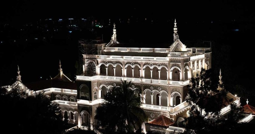 palace in pune
